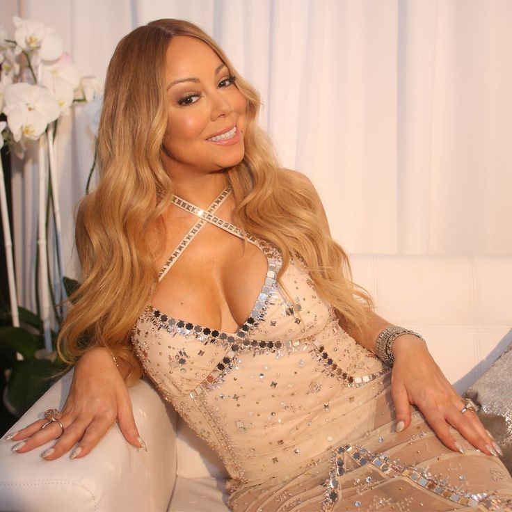 Mariah Carey's MAC Makeup Line Is All You'll Want For Christmas