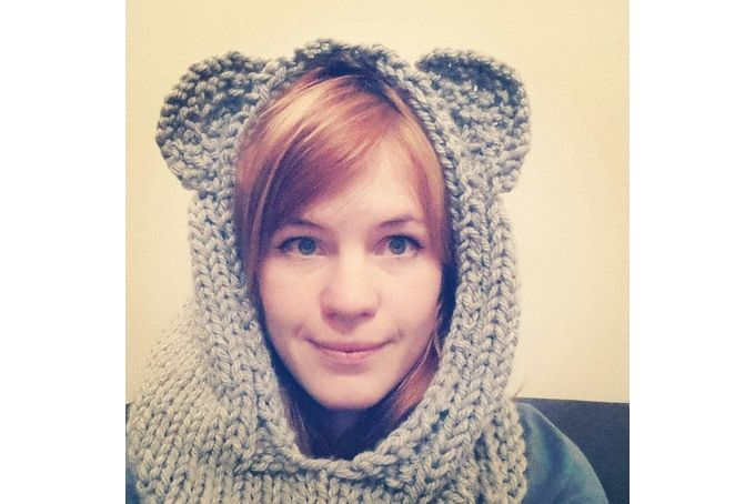 Knitted bear hat by Sam Bear Things