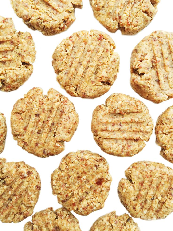 4-ingredient Raw Almond Butter Cookies that are vegan, gluten & grain free 4-ingredient Raw Almond Butter Cookies? I know, this is really exciting stuff for aTuesday. These cookies were so easy to make. There was no oven required, no kitchen aid, no 10+ ingredients and 2 bowls to mix it all together. Plus after how...Read More »
