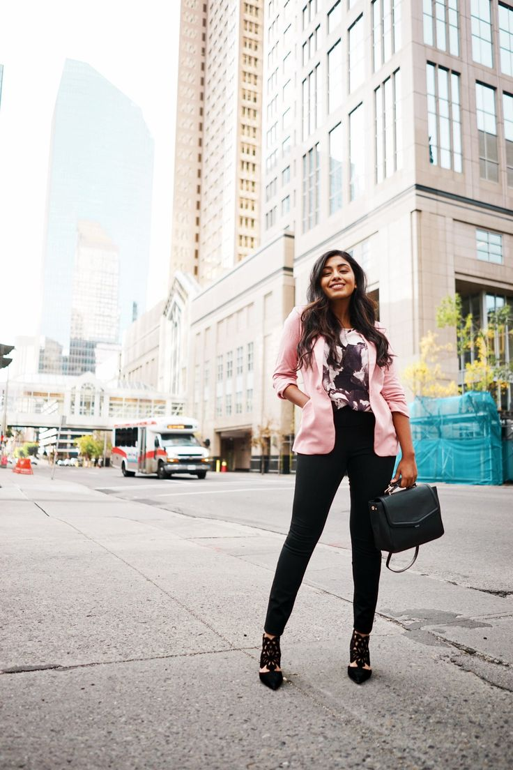 Blogger Nisha looking gorgeous in our Instant Smooth pants. #loverickis #rickisfashion #fall #fall2017 #fallfashion #rickisinreallife #instantsmooth #pants