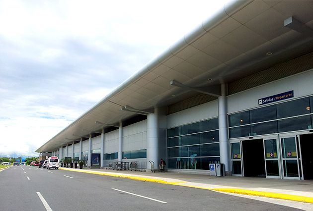 Liberia International Airport in Costa Rica - who goes in who goes out #airport #CostaRica #travel