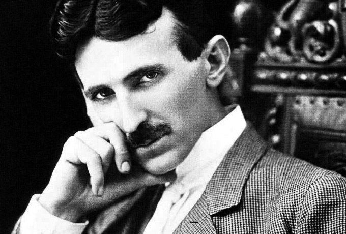 «Земля превратится в огромный мозг». Как Никола Тесла предсказал наш мир