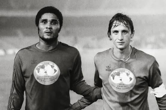 Eusébio | Johan Cruyff