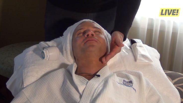 Sauli Koskinen relaxing
