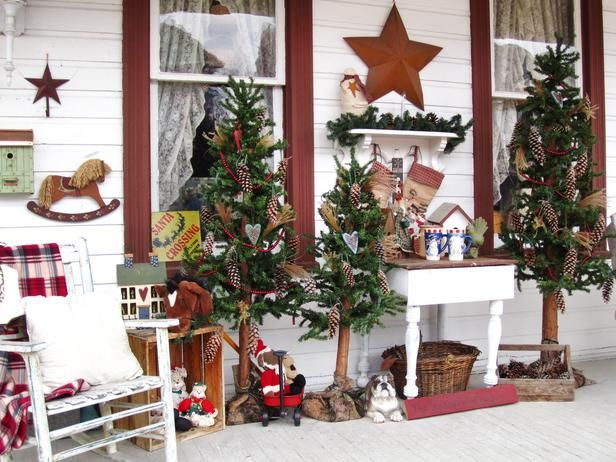 Stunning Outdoor Christmas Displays. Christmas Decorating IdeasHoliday ...