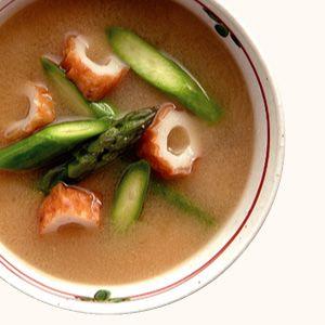 ちくわとアスパラの味噌汁 | 365杯の味噌汁 | 醤油、味噌 本物の味ひとすじ【フンドーキン醤油(九州大分県臼杵)】