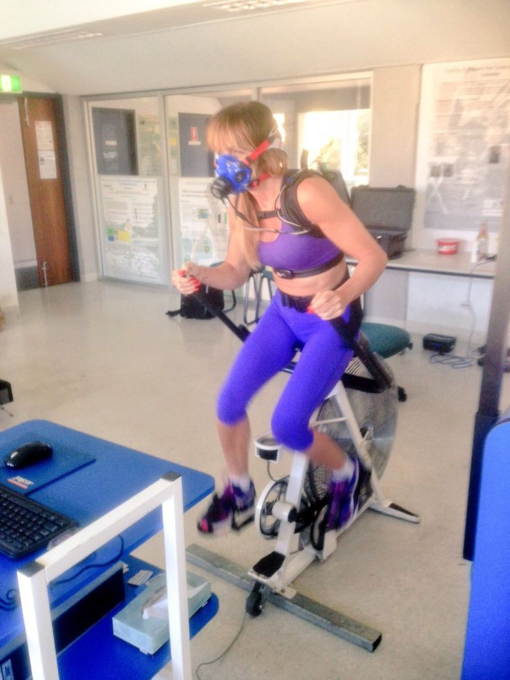 #poledancers in the lab @ScienceUWA for VO2Max tests with #COSMED #K5 @cosmedhq @uwanews