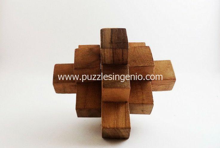 http://www.puzzlesingenio.com/home/106-puzzle-de-madera-cruz.html