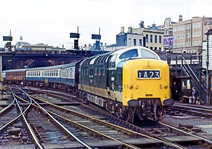 D9001 'St Paddy' at Kings Cross in April 1967.