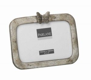 Butterfly Photo Frame – Parlane International : This pretty photo frame features a decorative butterfly. Made from resin. Dark champagne/gold colour. Fits photo size 15cm x 10cm. Buy Online : http://www.thegardenrose.co.uk/buy-online/butterfly-photo-frame-parlane-international/