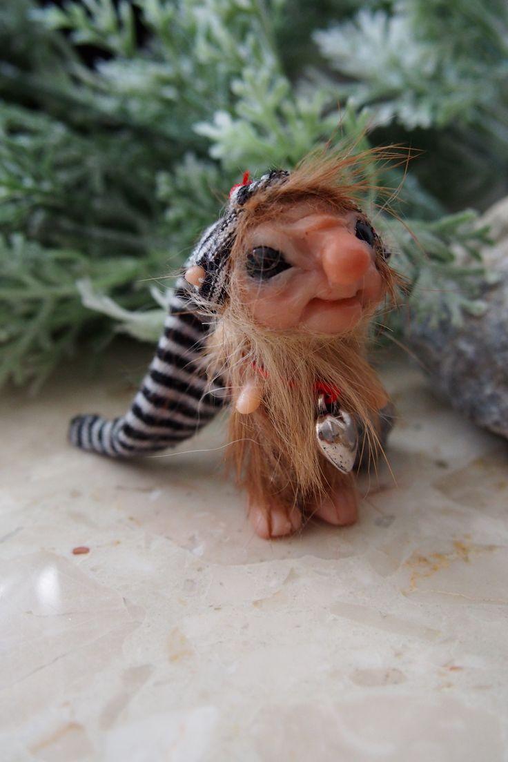 OOAK fantasy art doll mini troll gnome FELEK by Muyestillo