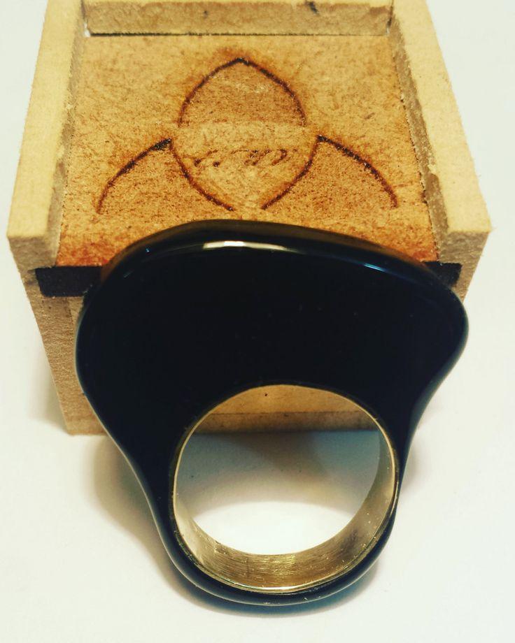 Ring Acrylic Bronze de GalateaDesignsVE en Etsy