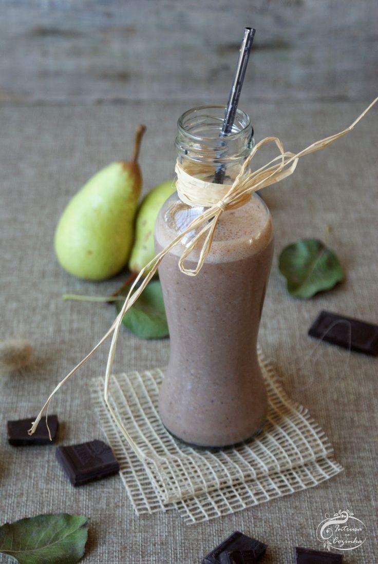Intrusa na Cozinha: Smoothie de Pera & Chocolate {Pear & Chocolate Smoothie}