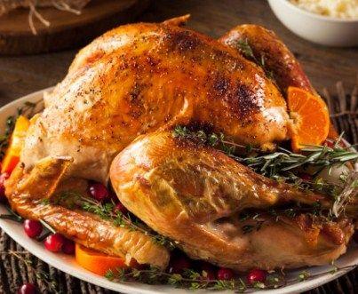 Pavo bajo en grasas para Navidad    Bienvenidos una vez mas a recetasdecocinayayi.info, este dia les enseñare a preparar un ricoPavo Navideño Bajo en Grasas para Navidad un plato pincipal que dejara con la boca abierta a todos tus invitados en esta cena tan especial, como es de costumbre, comenzaremos con los ingredientes.   #cocinafacil #cocinanavidena #comidanavideña #Navidad #navidades #PavoNavideñoBajoenGrasas #PavoNavideñoBajoenGrasasparaNavidad #platosnav