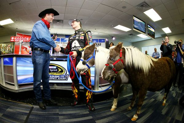 Jeff Gordon Photos Photos - Texas Motor Speedway President Eddie Gossage (L) presents retiring driver Jeff Gordon with Shetland ponies for his kids during a press conference at Texas Motor Speedway on November 6, 2015 in Fort Worth, Texas. - Texas Motor Speedway - Day 2