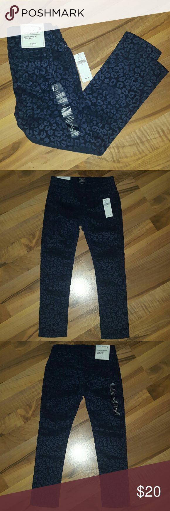Girls Gap Super Skinny Fit Jeans Blue Leopard print, soft suede-feel, adjustable waist, super skinny fit size 5 regular. Brand New with tags. GAP Bottoms Jeans