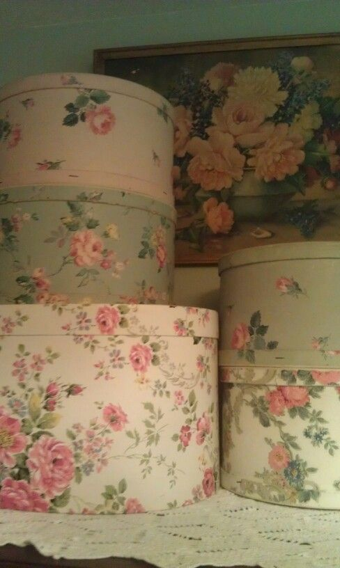 Gorgeous #shabby  #rose covered #hatboxes