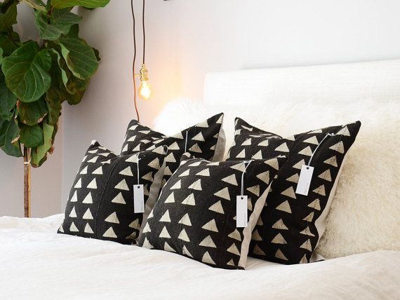 Black & Tan Tri Mudcloth coussins Différentes par MINImalist2015