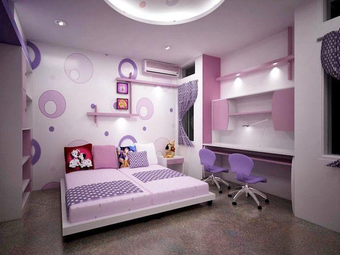 Jugend Madchenzimmer Fur Zwei Lila Burostuhle Wandtapete Mit Kreisen Dekokissen Mit Disney Hel Lila Kinderzimmer Schlafzimmer Design Schlafzimmer Einrichten