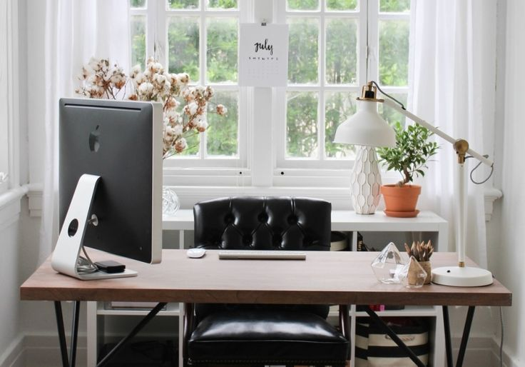 The Everygirl Food Editor and Creative Consultant Juley Le's home office #neutral #office #theeverygirl