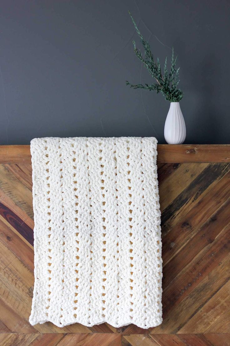 Free Modern Chunky Crochet Blanket Pattern Beginner