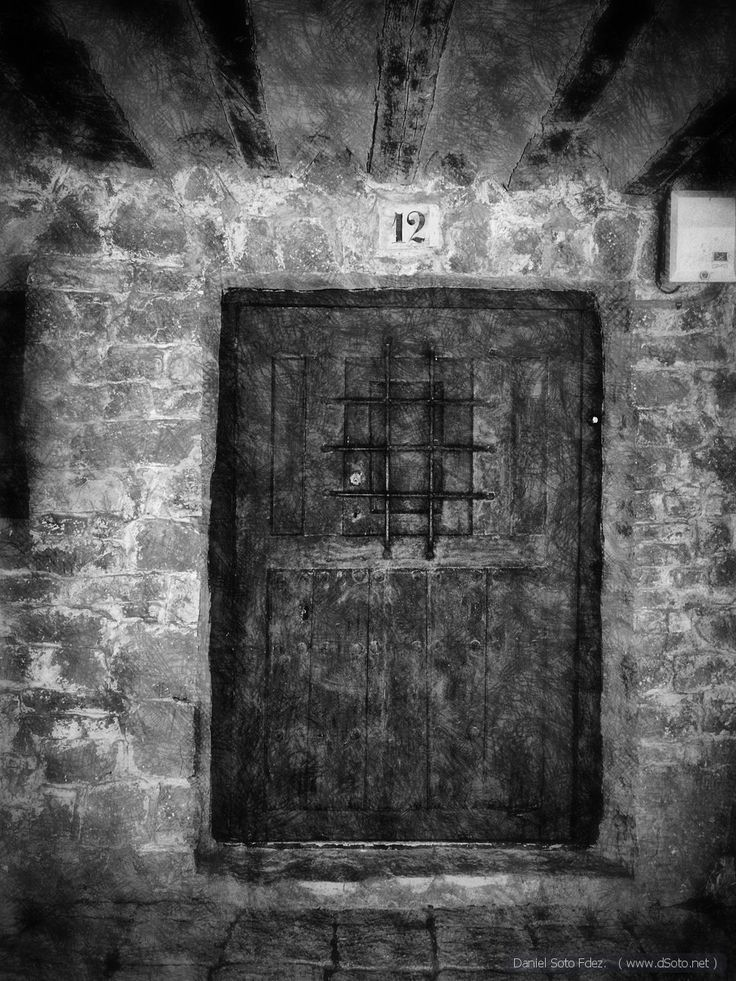 Door Nº 12