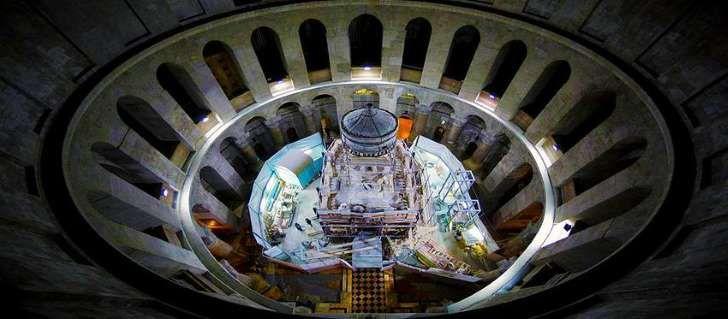 Αποκάλυψη: Τι είδαν οι επιστήμονες όταν άνοιξαν τον Πανάγιο Τάφο