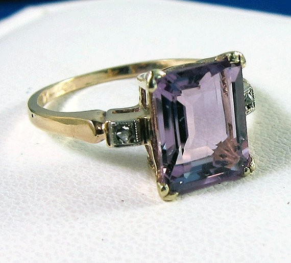 Vintage amethyst ring, would be even more delicious in rose gold!