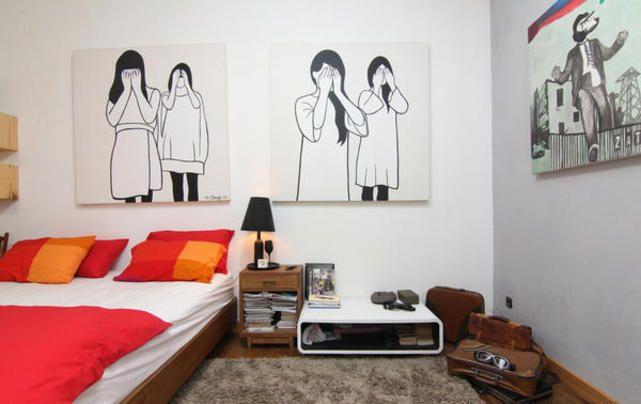 Let's play retro in bedroom! Ringgo Agus Rahman's room can be your inspiration.