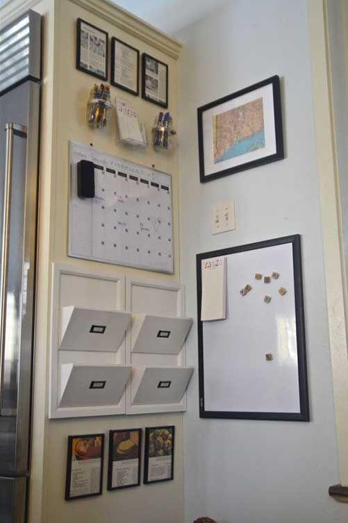 Un centro de comando en la cocina. Aprovechar un rincón de la cocina para organizar tareas, hacer listas, etc., etc.