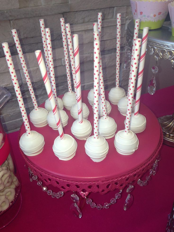 Cake Pops  - strawberry candy bar
