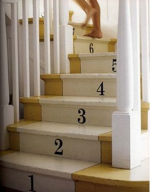 painted stairs with numbersSmall Room, Stairs Risers, Numbers, Painting Stairs, Cute Ideas, Basements Stairs, Stairs Runners, Staircas, Painted Stairs