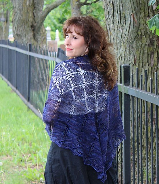 Ravelry: Père Lachaise Shawl pattern by Natalie Servant