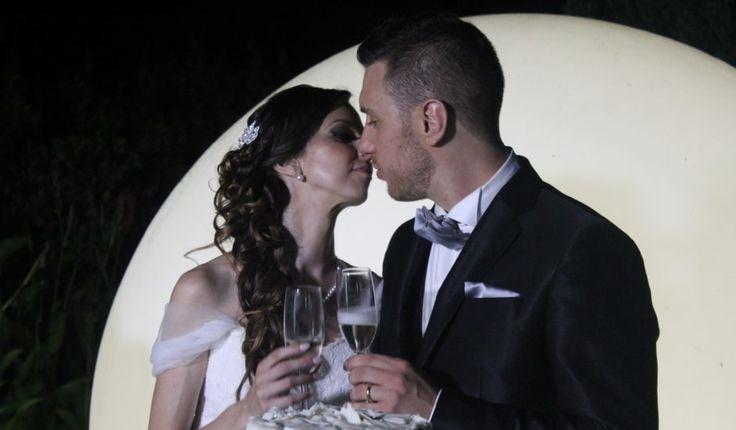 Ed eccomi arrivata al racconto di quel giorno... sì, quel magnifico giorno che prima sognavo, che potevo solo immaginare... Inizio con il dire che il matrimonio è per tutti il coronamento del proprio amore, dei propri anni di fidanzamento, è quindi