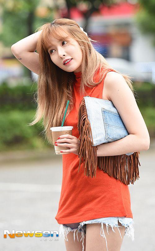 Hyuna on Show Champion