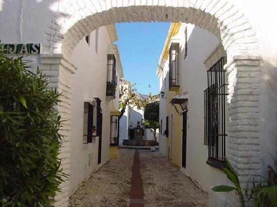 Pueblo López, Fuengirola