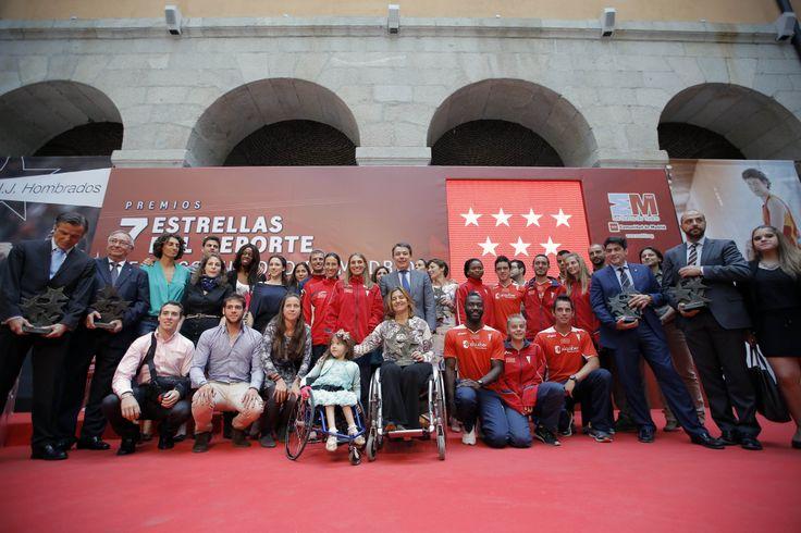 González entregó hoy los galardones a las personas e instituciones que destacan en la práctica, promoción y fomento del deporte madrileño