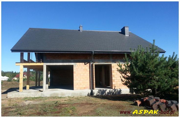 Widok z boku domu #dom #budowa #architektura