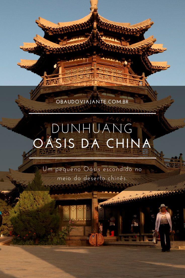 Passar uma noite no deserto, apreciar o pôr do sol, ou visitar um oásis em meio às dunas. Tudo isso pode ser feito em Dunhuang, um dos destinos mais incríveis da China.