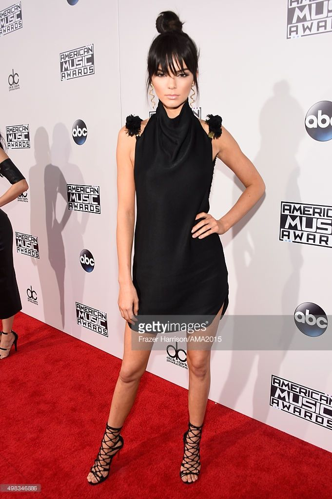 Kendall Jenner attends the 2015 American Music Awards at Microsoft Theater on November 22, 2015 in Los Angeles, California.  (Photo by Frazer Harrison/AMA2015/Getty Images for dcp)