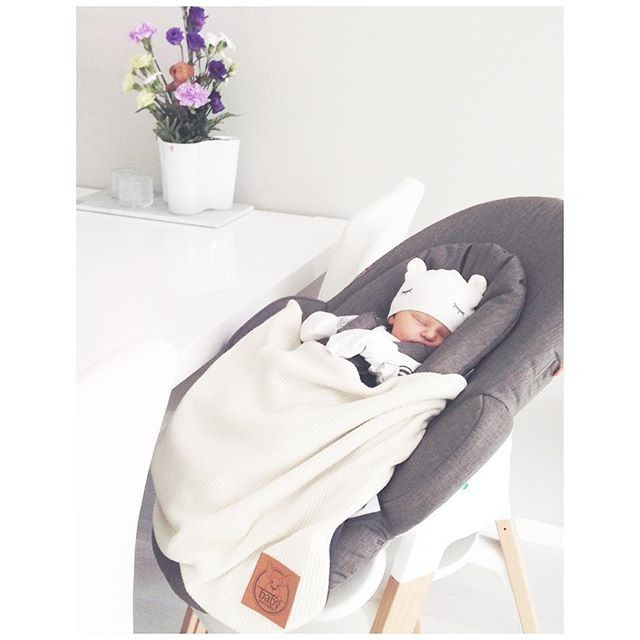 Rock-a-bye baby to sleep this holiday season in our Stokke Bouncer. The perfect gift idea for newborn babies through 6 months old.   credit: @essipieces