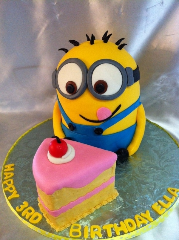 Minion Cakes are the greatest!