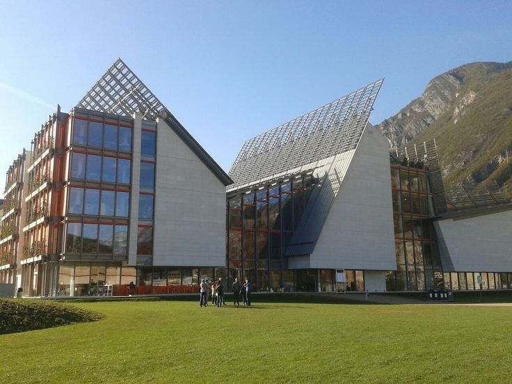 MuSe_museo delle scienze a Trento - Renzo Piano Building Workshop  http://www.rpbw.com/project/146/muse-museo-delle-scienze/