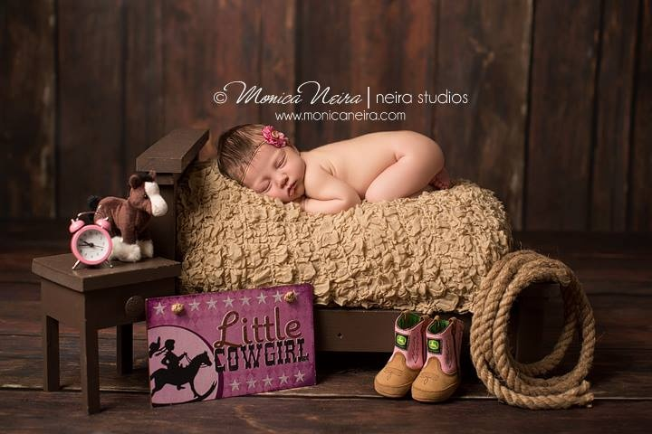 Monica Neira Photography  Gorgeous little cowgirl