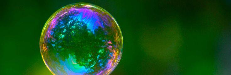 La cuestión no es si la burbuja estallará, sino cuándo y por qué. Y aquí es donde fallan todos los agoreros que proclaman la llegada del Apocalipsis.