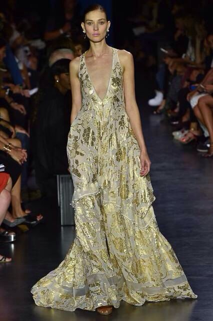 Stunning Altuzzara finale gown SS 2015