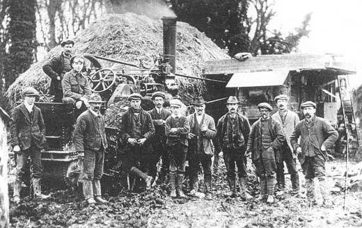 Photograph, threshing machine gang, Lower House Farm, East Everleigh, Wilshire, c.1930