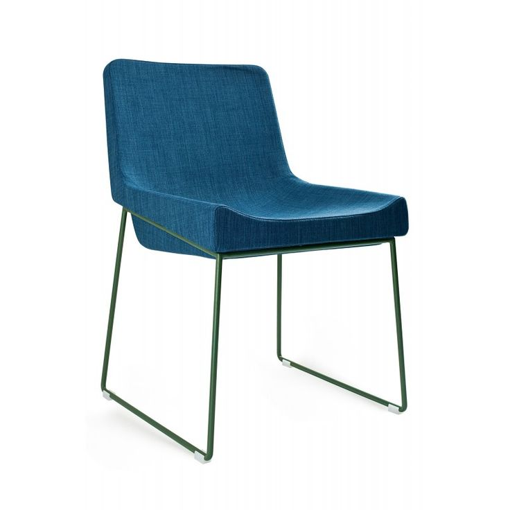 356 best design chaises images on pinterest chairs for Chaise fourmi jacobsen