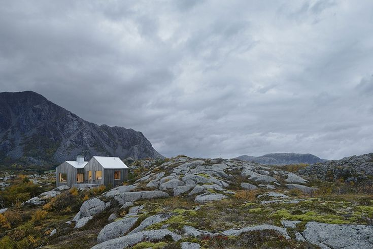 Vega Cottage Mountains View Norway Id775 - Vega Cottage In Vega Norway - Cottages Designs - Architecture Design