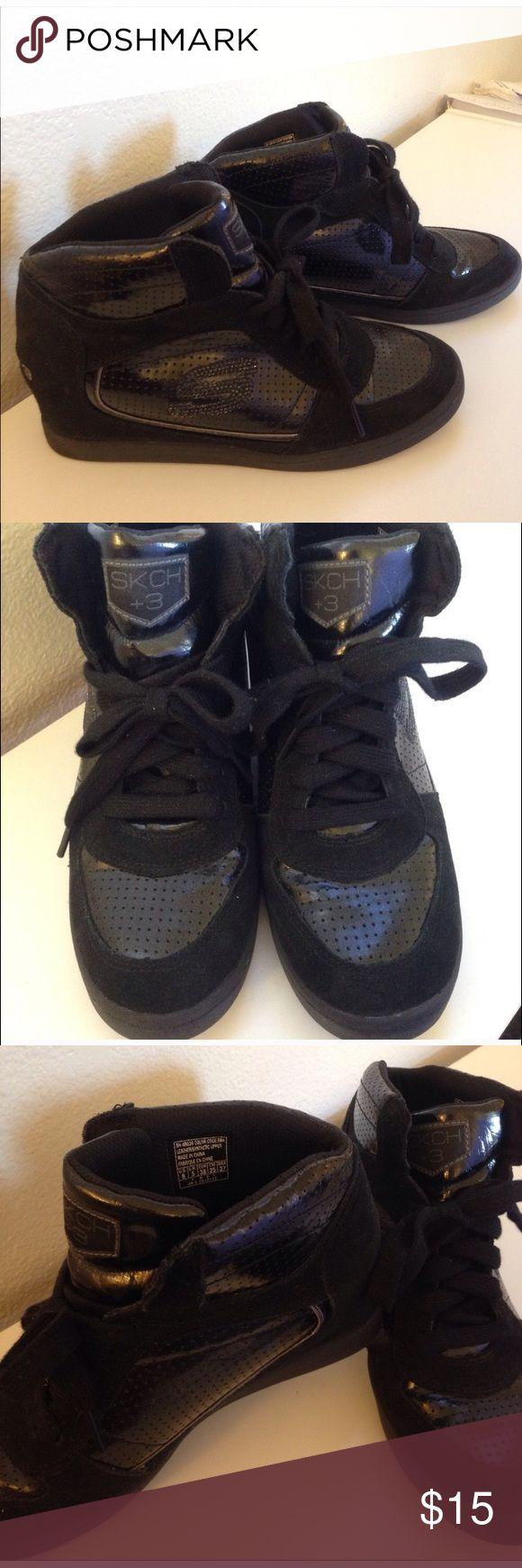 Wedged Sketchers Sneakers Slightly wedged sneakers Skechers Shoes Athletic Shoes